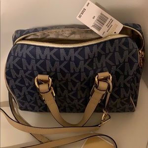 Michaels Kors bag in mint condition